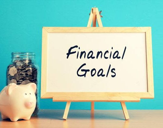 Financial Goals You Should Set For The New Year